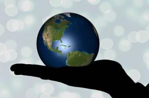 手の平の地球